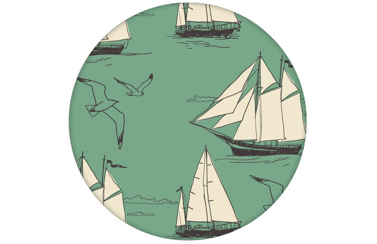 """Segler Tapete """"Die Regatta"""" mit klassischen Segelbooten und Möwen auf grün angepasst an Farrow and Ball Wandfarben- Vliestapete Tiere, Kinder"""