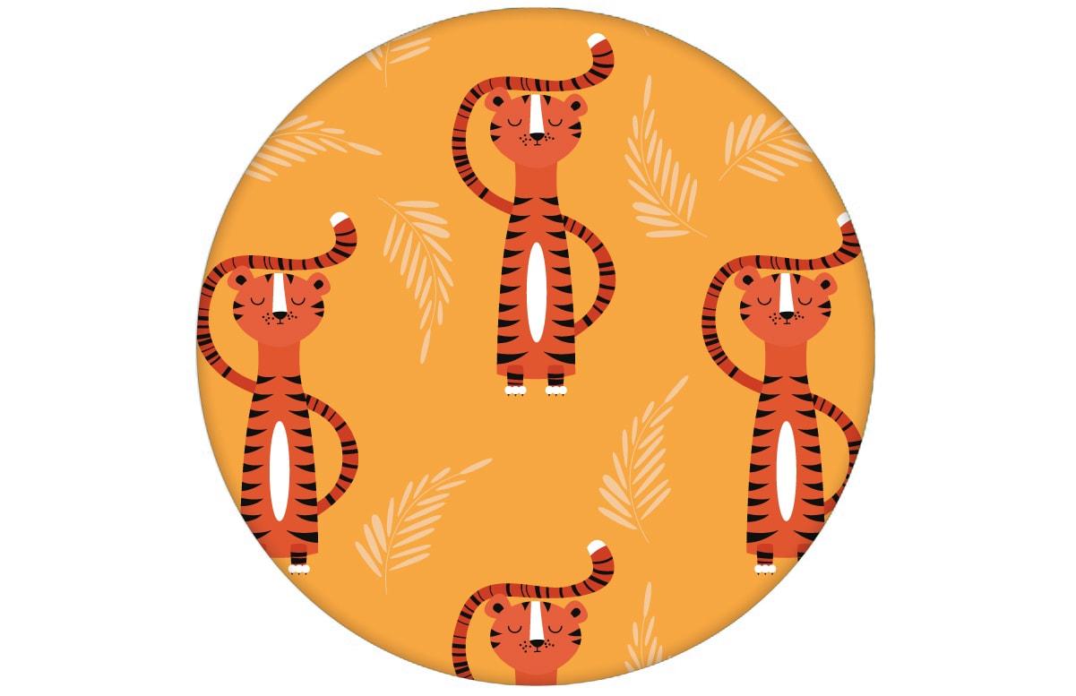 Trendige Kinderzimmer Design Tapete mit lustigem Sieger Tiger auf gelb Vliestapete Tiere Jugendzimmeraus dem GMM-BERLIN.com Sortiment: gelbe Tapete zur Raumgestaltung: #gelb #Ikea für individuelles Interiordesign