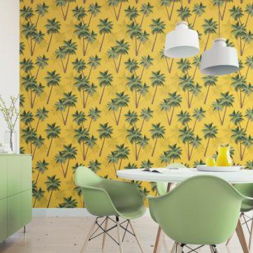 """Sonnige, üppige Strand Tapete """"im Palmenhain"""" mit großen Palmen auf gelb angepasst an Little Greene Wandfarben- Vliestapete Natur, Blumen"""