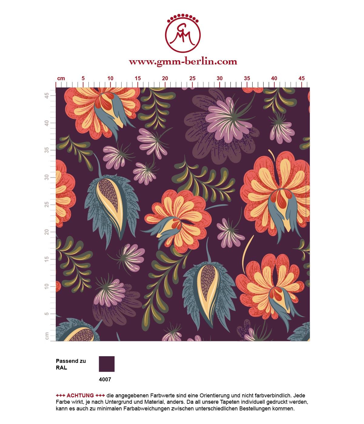 Schöne Tapete mit großen Blüten auf lila violett angepasst an RAL Wandfarbe. Aus dem GMM-BERLIN.com Sortiment: Schöne Tapeten in der Farbe: violett