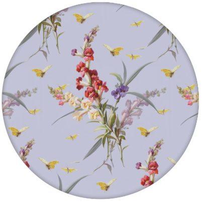 """Retro florale Tapete """"Blissful Spring"""" mit Schmetterlingen auf lila Vliestapete Blumen für Wohnzimmeraus dem GMM-BERLIN.com Sortiment: lila Tapete zur Raumgestaltung: #blumen #fruehling #lila #Little Greene #tapete #vintage für individuelles Interiordesign"""