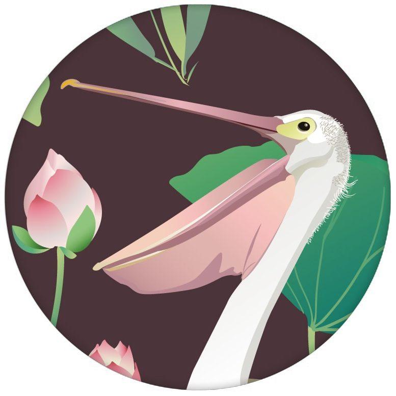 """Braune Vogel Tapete """"Pelican Pond"""" mit Pelikanen und Seerosen große Wandgestaltung aus den Tapeten Neuheiten Exklusive Tapete für schönes Wohnen als Naturaltouch Luxus Vliestapete oder Basic Vliestapete"""