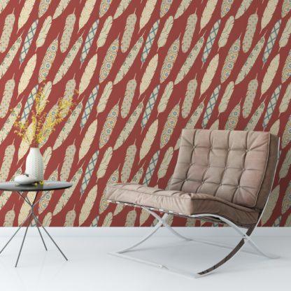 """Wandtapete dunkel rot: Braune moderne Tapete """"Fancy Feathers"""" mit dekorativem Feder Muster angepasst an Farrow and Ball Wandfarben"""
