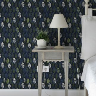 """Schlafzimmer tapezieren in dunkel blau: Grafische Design Tapete """"Im Blätterwald"""" in dunkelblau für Schlafzimmer"""