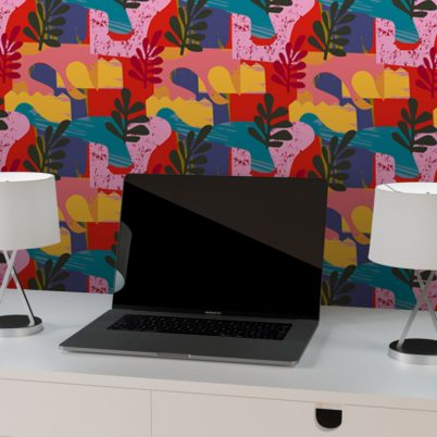 "Moderne Tapete ""Exotic Leaf"" im Retro Stil der 70er in rot angepasst an Scala Wandfarben"