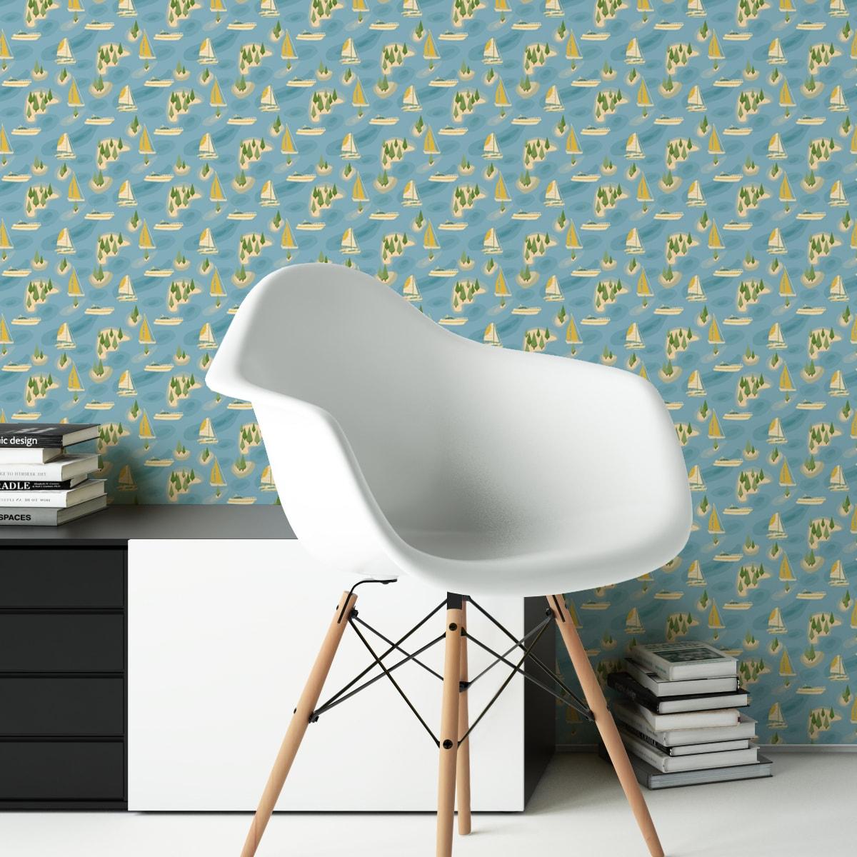 "Moderne blaue Tapete ""Insel Hopping"" mit Yachten und Segel-Booten in gelb angepasst an Little Greene Wandfarben"