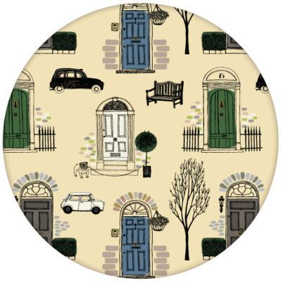 """Londoner Tapete """"Belgravia"""" mit Haustüren, Mini und Cabs Farbe grün aus den Tapeten Neuheiten Borten und Tapetenmotive als Naturaltouch Luxus Vliestapete oder Basic Vliestapete"""