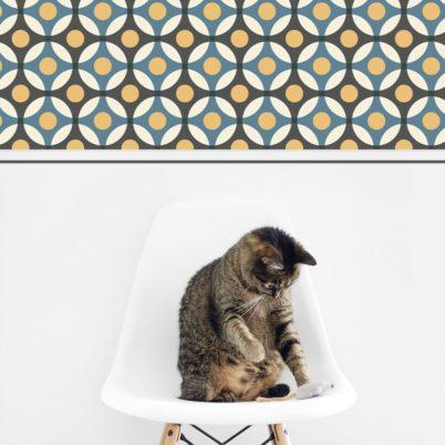 """""""Flower Dots"""" moderne Retro mit großen Punkten in blau Wandgestaltung Küche Flur"""