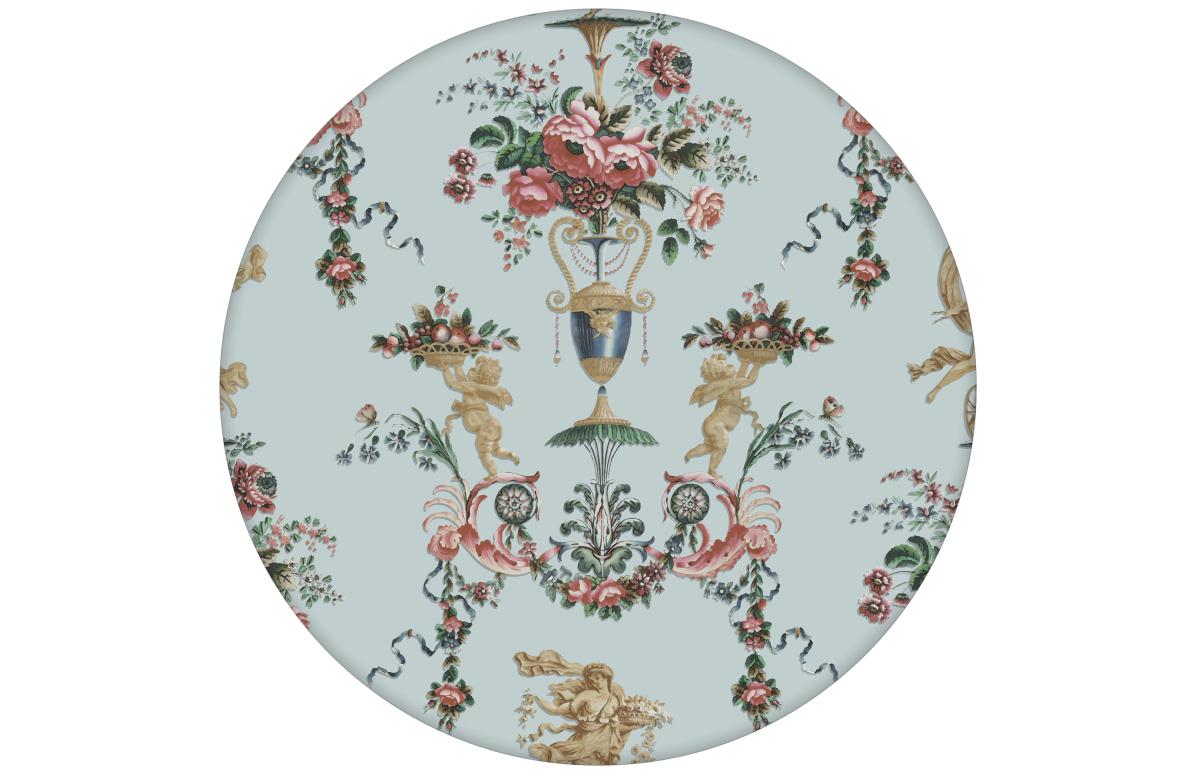 """Klassische Tapete """"In Elysium"""" mit Vintage Rosen und Putti in historischer Paneel Optik hellblau"""