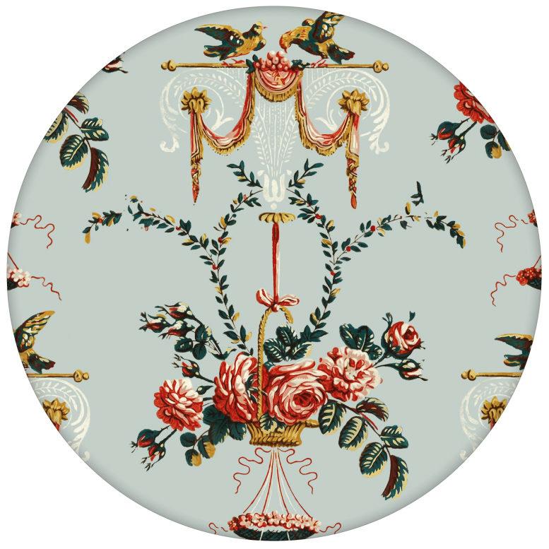 """""""Pure Rococo"""" elegante Vliestapete mit üppigen Rosen, Tauben und Blumen Kränzen in hellblau"""