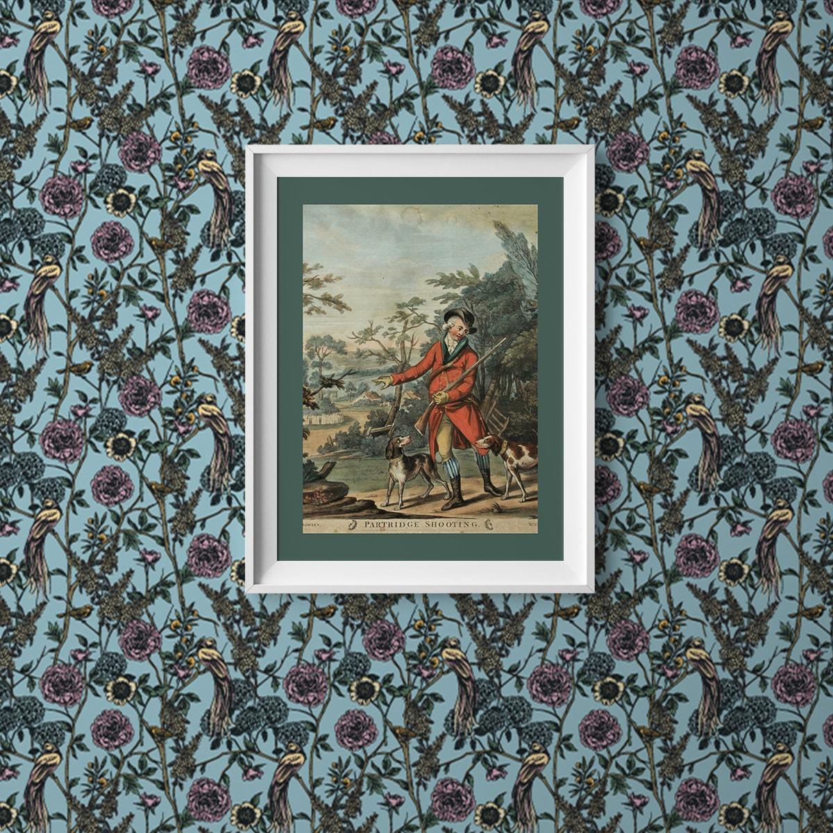 """Paradies Tapete """"Victorias Treasure"""" mit Vögeln und Blumen im victorianischen Stil in hellblau angepasst an Little Greene Wandfarben"""