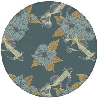 """Fisch Tapete """"Le jardin japonais"""" mit beruhigendem Blick auf den Koi Karpfen Teich in grau blau aus den Tapeten Neuheiten Exklusive Tapete für schönes Wohnen als Naturaltouch Luxus Vliestapete oder Basic Vliestapete"""