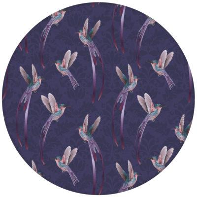 """""""Damast-Elfen"""" Design Tapete mit Kolibris auf Damast Muster in lila für Schlafzimmer aus den Tapeten Neuheiten Exklusive Tapete für schönes Wohnen als Naturaltouch Luxus Vliestapete oder Basic Vliestapete"""
