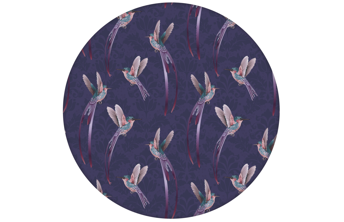 """""""Damast-Elfen"""" Design Tapete mit Kolibris auf Damast Muster in lila für Schlafzimmer"""