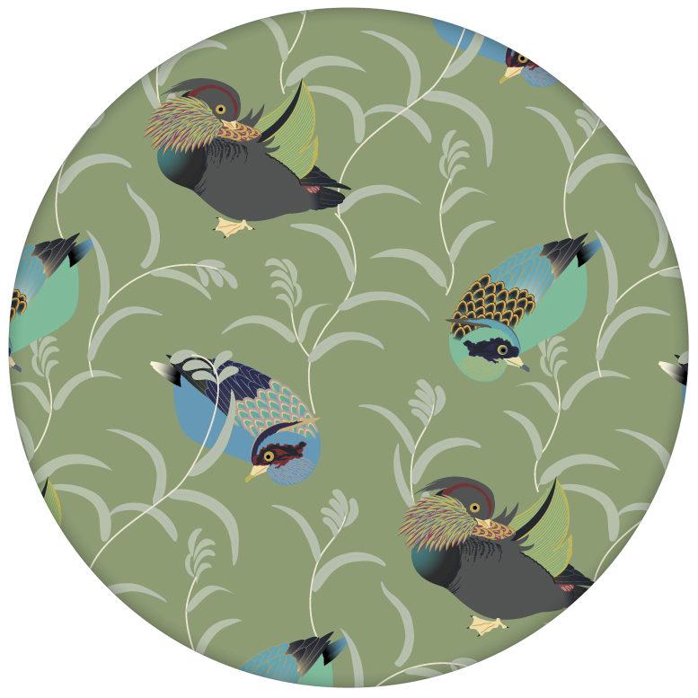 """Elegante Vlies Tapete """"Im Schlossteich"""" mit Enten im Schilf in grün blau für Wohnzimmeraus dem GMM-BERLIN.com Sortiment: grüne Tapete zur Raumgestaltung: #Enten #Little Greene #Schloss #tapete #Wasser für individuelles Interiordesign"""