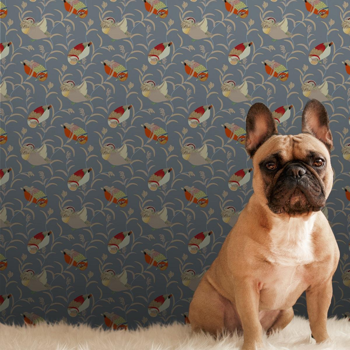 """Tapete Wohnzimmer orange: """"Im Schlossteich"""" Design Tapete mit Enten im Schilf in grau blau Wandgestaltung Wohnzimmer"""