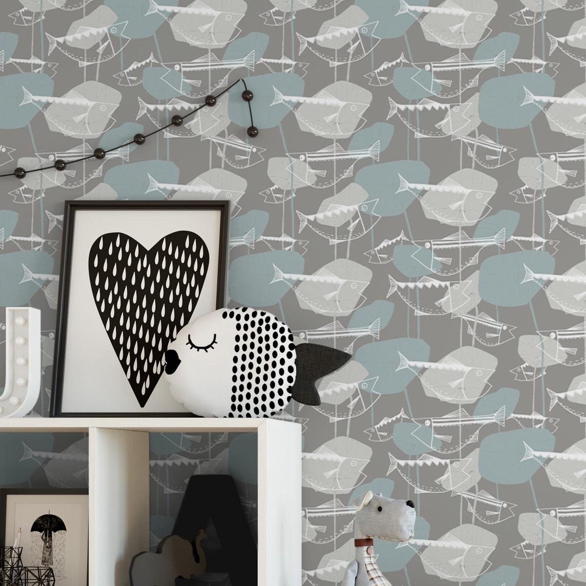 """Helle Fisch Design Tapete """"Angler Glück"""" im Stil der 70er in beige grau angepasst an Little Greenel Wandfarben 1"""