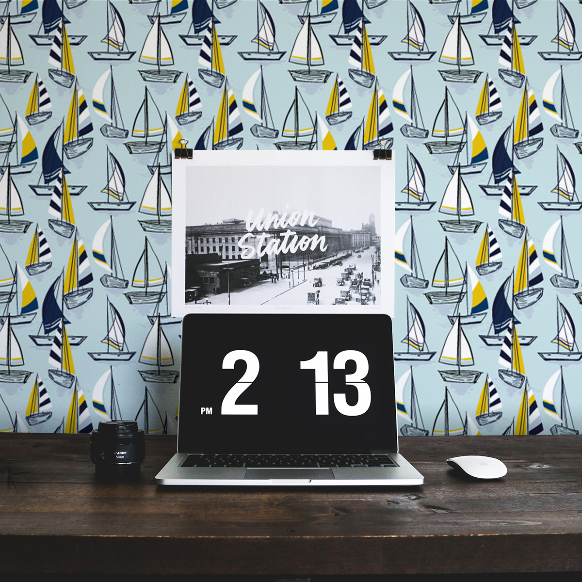"""Frische Segel Tapete """"Lago Maggiore"""" mit Booten in hellblau für Büro Gang Schlafzimmer"""