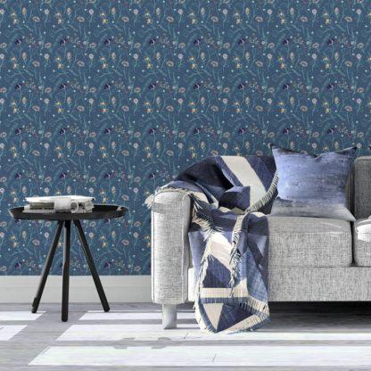 Tapete Wohnzimmer dunkel blau: Blumentapete Spring in the air für Frühlings Gefühle in blau - Design Tapete für Wohnzimmer