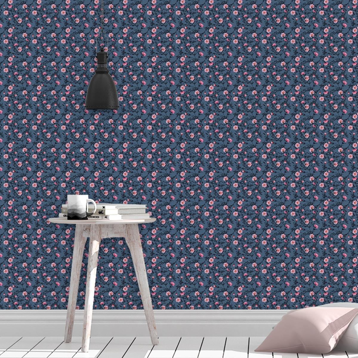 Tapete Wohnzimmer rosa: Blumentapete Printemps mit zarten Ranken in blau - Nostalgietapete für Wohnzimmer
