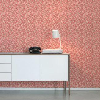 Tapete Wohnzimmer creme: Kemenaten Zauber Ornamenttapete mit Blumen Ranken in rot - Nostalgietapete für Wohnzimmer