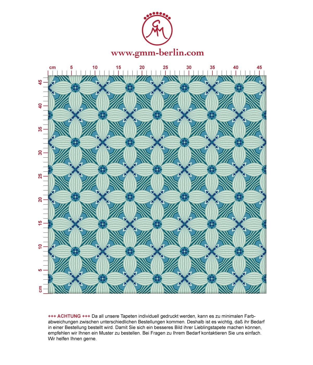 Retro Ornamenttapete Art Deko Lilly in blau - Design Tapete für Schlafzimmer. Aus dem GMM-BERLIN.com Sortiment: Schöne Tapeten in der Farbe: grün blau