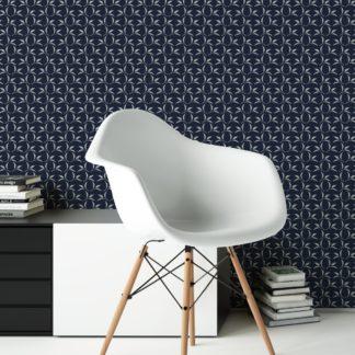 Dunkelblaue Ornamenttapete Tea Time mit Tee Blättern, Design Tapete als Wandgestaltung