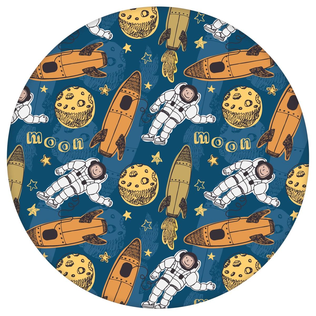 """Coole Weltraum Kinderzimmer Tapete """"Rocket Moon"""", blaue Vlies-Tapete , Space Kindertapete für Spielzimmeraus dem GMM-BERLIN.com Sortiment: blaue Tapete zur Raumgestaltung: #00136 #blau #Blaue Tapeten #kinder #Kindertapete #kinderzimmer #Mond #Rakete #Space #Weltraum für individuelles Interiordesign"""