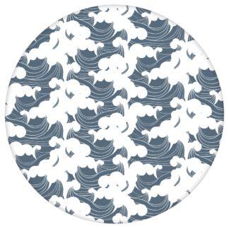 """Maritime Wellen Tapete """"Meerschaum"""", blaue Vlies Tapete grafische Wanddeko für Kücheaus dem GMM-BERLIN.com Sortiment: blaue Tapete zur Raumgestaltung: #00139 #Asien #blau #Blaue Tapeten #grafisch #Grafische Tapete #kinderzimmer #maritim #Meer #Wellen für individuelles Interiordesign"""
