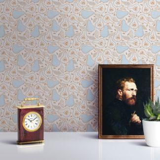 """Küchentapete creme: Moderne Tapete """"Williams Birne"""" in frischer Optik, creme Vlies-Tapete Obst, grafische Wohnakzent für Wohnküche"""