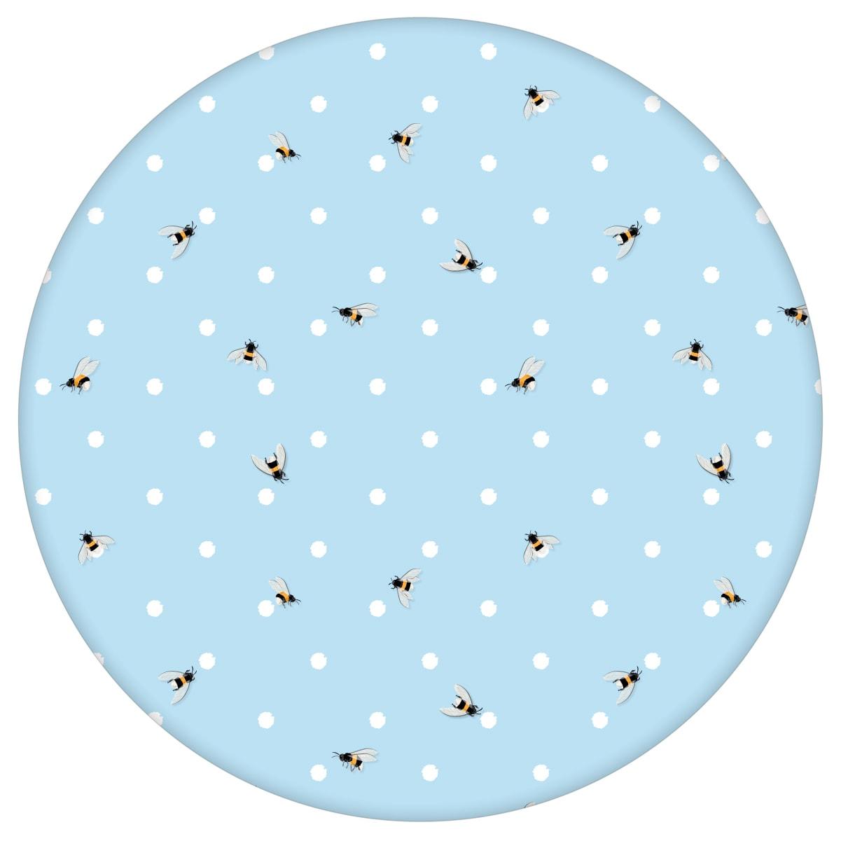 """Moderne Tapete """"Polka Bee"""" mit Bienen & Punkten, hellblaue Vlies-Tapete schöne Wandtapete für Schlafzimmeraus dem GMM-BERLIN.com Sortiment: blaue Tapete zur Raumgestaltung: #00167 #Biene #Blaue Tapete #hellblau #Insekten #Pünktchen #punkte #schlafzimmer #Tier Tapete #tiere für individuelles Interiordesign"""