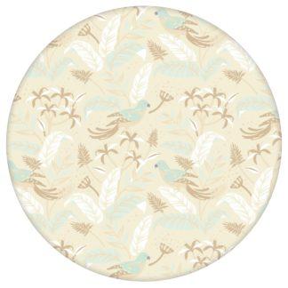 """Dschungel Tapete """"Wild Birds"""" mit tropischen Vögeln, beige Vlies Tapete Wandgestaltung für Kücheaus dem GMM-BERLIN.com Sortiment: beige Tapete zur Raumgestaltung: #00175 #beige #beige – cremefarbene Tapeten #Blätter #dschungel #kueche #Papagei #Tier Tapete #tiere #tropisch #voegel für individuelles Interiordesign"""