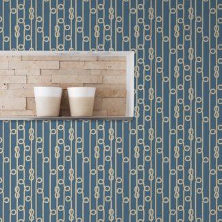 """Schlafzimmer tapezieren in mittelblau: Blaue Segler Tapete """"Segelknoten"""", maritime, grafische Vlies-Tapete Wohnakzent für Schlafzimmer"""