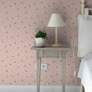 """Tapete Wohnzimmer pink: Polka Dot Tapete """"Polka Bee"""" mit Bienen & Punkten, rosa Vlies-Tapete grafischer Wohnakzent für Wohnzimmer"""