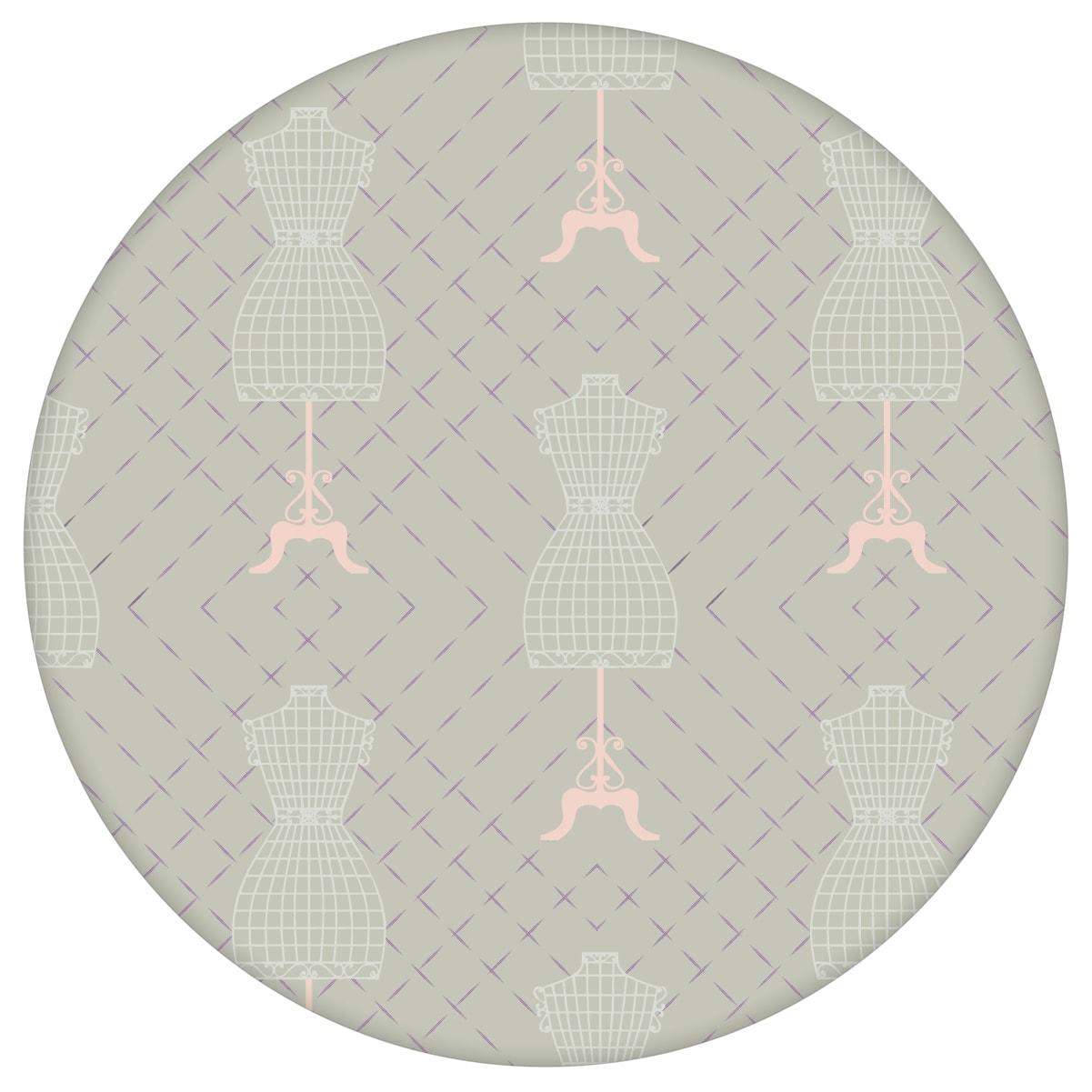 """Lila Tapete """"Fashionista"""" mit Kleiderpuppen Schnittmuster, lila Ornamenttapete für Schlafzimmeraus dem GMM-BERLIN.com Sortiment: lila Tapete zur Raumgestaltung: #00169 #Fashion #Kleiderpuppe #lila #Mode #motiv #schlafzimmer #Schnittmuster #Violette Tapeten #Wandgestaltung für individuelles Interiordesign"""