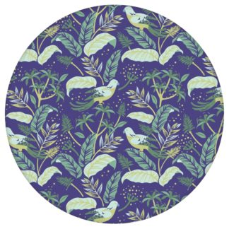 """Dunkel blaue Tapete """"Wild Birds"""" mit Dschungel Vögeln, Vlies Tapete Blumen Tiere, schöne Blumentapete für Flur, Büroaus dem GMM-BERLIN.com Sortiment: blaue Tapete zur Raumgestaltung: #00175 #Blätter #Blaue Tapeten #Büro #dschungel #dunkelblau #flur #Papagei #Tier Tapete #tiere #tropisch #voegel für individuelles Interiordesign"""